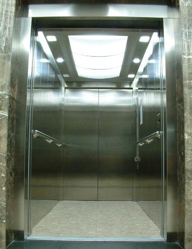 Плавный безопасный и надежный больничный лифт